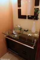 glasses-washstand-Oakland-green-home