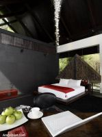 the-luxurious-villa-bedroom