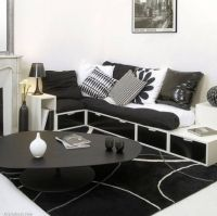 cornered-placement-of-sofa-and-table-for-living-room