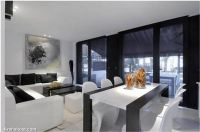 glossy-house-living-space