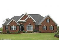 Exterior-Traditional-Brick-Ranch