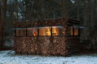 wooden-log-home-idea