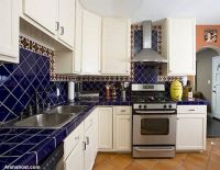 marble-tiles-south-wester-style-kitchen-design