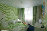 soft-green-wall-design
