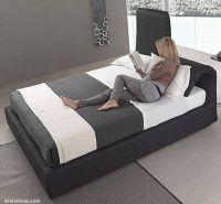 italian-contemporary-bedroom-furniture-decor-idea-black-bed