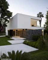 beautiful-white-house-architecture