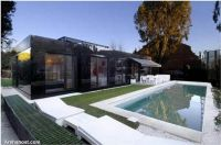 glossy-house-design